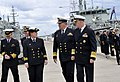 US Navy 101001-N-8273J-152 Vice Adm. Russ Crane, Chief of Navy of the Royal Australian Navy, center, and Chief of Naval Operations (CNO) Adm. Gary.jpg