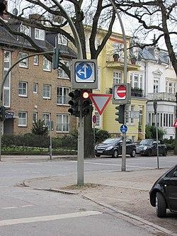 Umschaltbare Verkehrsschilder.jpg