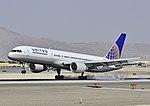 United Airlines Boeing 757-222 N529UA (cn 25019-352) (5542512672).jpg