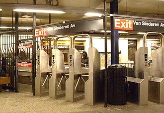 Broadway Junction (New York City Subway) - Van Sinderen Avenue fare control