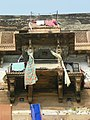 Varanasi 230a (34524316530).jpg