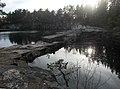 Vattenfyllt kalkbrott (Raä-nr Sala stad 102-1) 4880.jpg