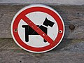 "Verbodsbord voor honden - ""Racisten"" - No dogs sign - Welsh terrier - Bert Bospad - Westbroek, The Netherlands, 2020.jpg"