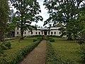 Vestiena Manor (1).jpg