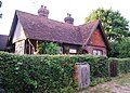 Victorian Cottage, Leigh Rd - geograph.org.uk - 1391930.jpg