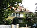 Villa Lindenstrasse 15 17, Harlaching, Munich.JPG