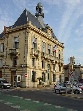 Villeneuve-lès-Maguelone city hall.jpg