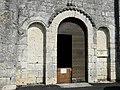 Vindelle église portail.jpg