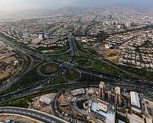 Vista de Teherán desde la Torre Milad, Irán, 2016-09-17, DD 76