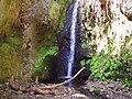 Vista de una cascada - panoramio.jpg