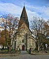 Voss Church (Voss kirke-kyrkje, Vangskyrkja) 13th-c stone church, Voss, Norway 2016-10-25 -02- front.jpg