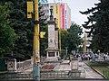 WW II monument - panoramio.jpg