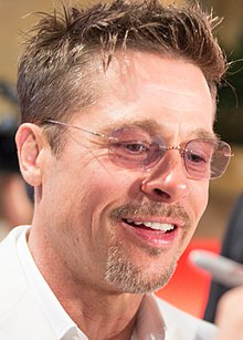 War Machine Japan Premiere Red Carpet- Brad Pitt (38338138066) (cropped).jpg