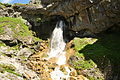 Waterfall in Gordale Scar (6037).jpg
