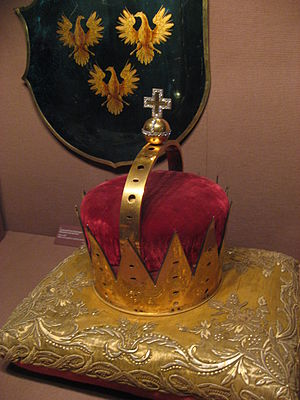 Archducal hat of Joseph II - The frame of the coronet in the treasury of the Hofburg