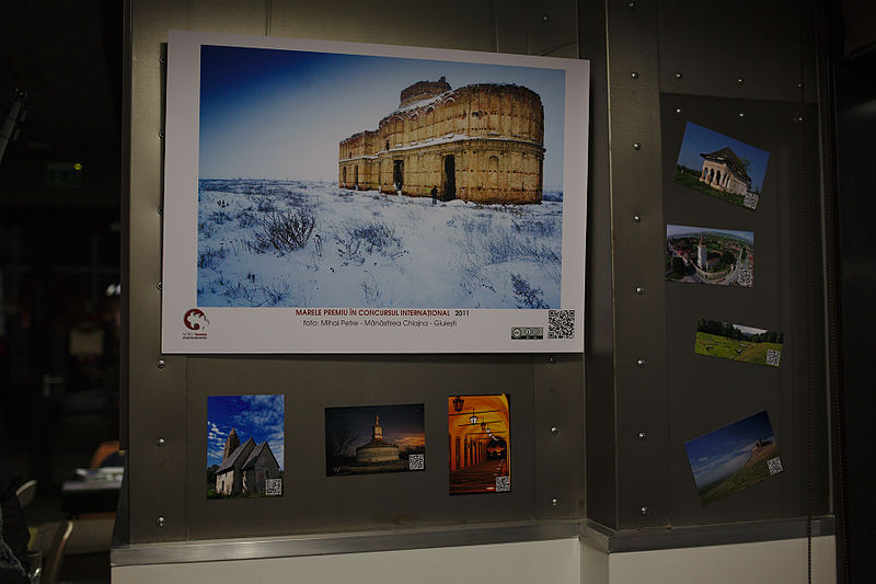 File:Wiki Loves Monuments 2015 exhibition in Bucharest 48.jpg