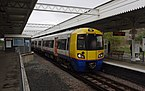 Willesden Junction station MMB 47 378227.jpg