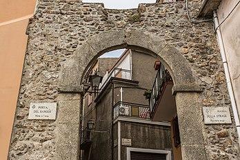 La pòrta de sang, a La Gàrdia (Occitània). (definicion vertadièra 5760×3840)
