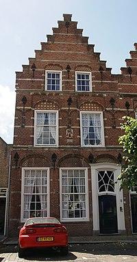 Woudrichem - rijksmonument 39563 - Hoogstraat 14-16 20120630.jpg