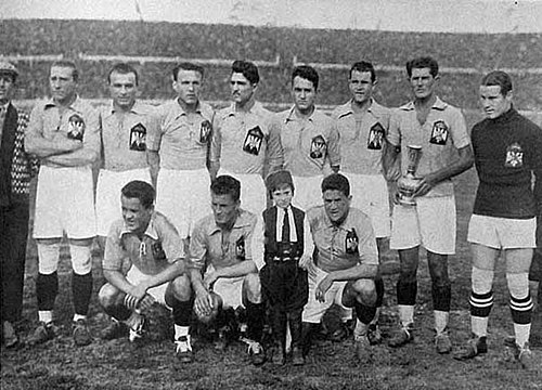 A Yugoslavia line-up in the 1930 FIFA World Cup Yugoslavia nationalteam 1930.jpg