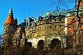 Zamek Książ - Widok z zielonego szlaku - panoramio.jpg