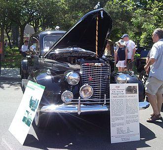 Cadillac V-16 - 1940 Cadillac Series 90 coupe