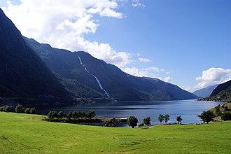 Skånevik - View of the Åkrafjorden and the Langfossen waterfall