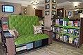Зона вільного читання (хол бібліотеки).jpg