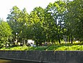 Кронштадт. Итальянский дворец, сад со стороны Обводного канала01.jpg
