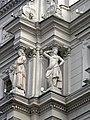 Ново-Михайловский дворец, деталь фасада02.jpg