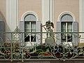 "Скульптура ""Амур с луком"" перед Китайским дворцом Ораниенбаума.jpg"