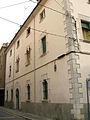024 Casa al carrer Col·legi, núm. 27 (façana del c. Santa Llogaia).jpg