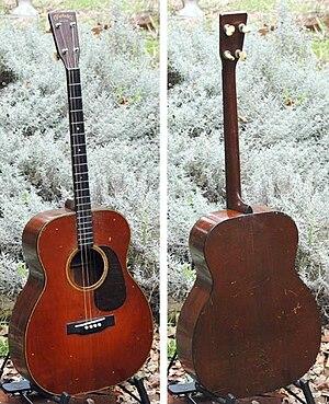 Vintage guitar - Image: 1932 Martin 0 18 T Sunburst Tenor Guitar