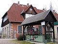 1937er MAN-Walzenwindwerk.ausgetauscht und aufgestellt, hier vor der Herrenmühle in Celle, Torplatz 1.jpg