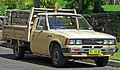 1979-1983 Datsun 720 2-door cab chassis (2010-12-17).jpg