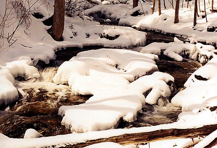 1997-12-bruce-trail-river