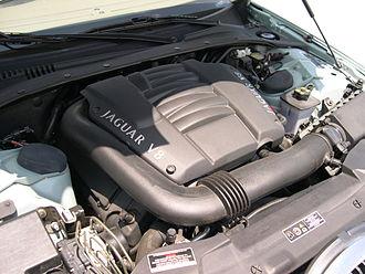 Jaguar AJ-V8 engine - Image: 2001 Jaguar S Type AJ V8 engine