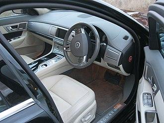 Jaguar XF (X250) - Interior