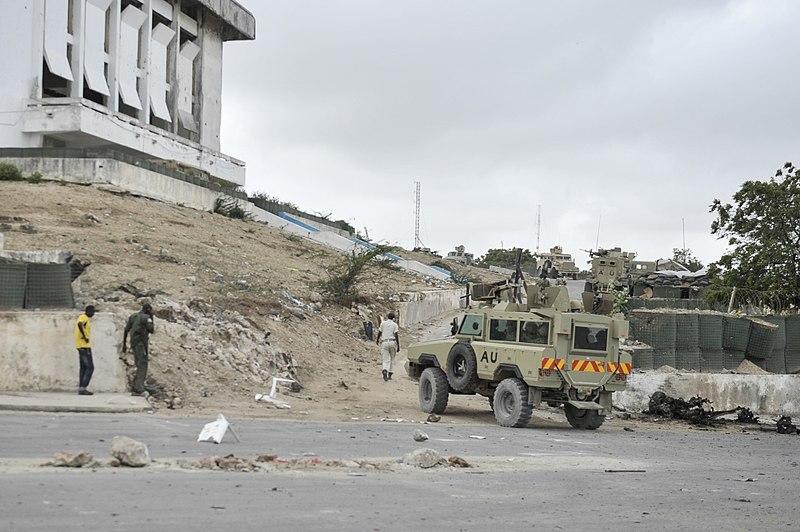 File:2014 05 24 Attack On Somalia Parliament-8 (14072847677).jpg