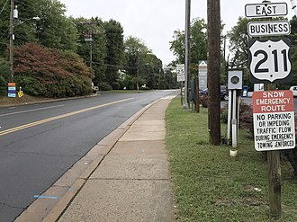 U.S. Route 211 - View east at the west end of US 211 Bus in Warrenton