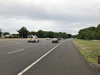 Hillside, New Jersey - View south along the Garden State Parkway in Hillside