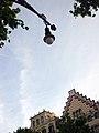 42 Fanal del passeig de Gràcia, al fons la Casa Amatller.jpg