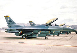 4th Fighter Squadron General Dynamics F-16C Block 40C Fighting Falcon 88-0462 1992.jpg