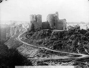 Cilgerran - Cilgerran Castle c1885