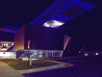 Akron Art Museum - Akron Art Museum with lighted roof cloud