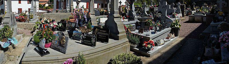 Alduides cementerio.jpg