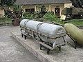 Amerykańska bomba kasetowa - Muzeum Wojny Wietnamskiej.jpg