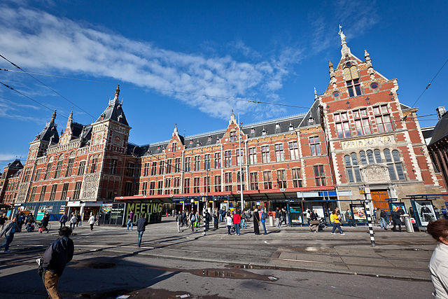 Station Amsterdam Centraal_9
