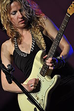 Ana Popovic @ Piacenza Blues Festival day 4 08.jpg
