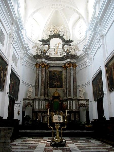Andenne (Belgium),  choir of the St. Begge collegiate church (1773).